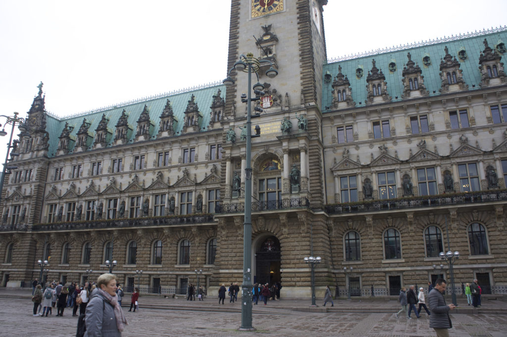 Rathaus Hamburg / ©When You Live