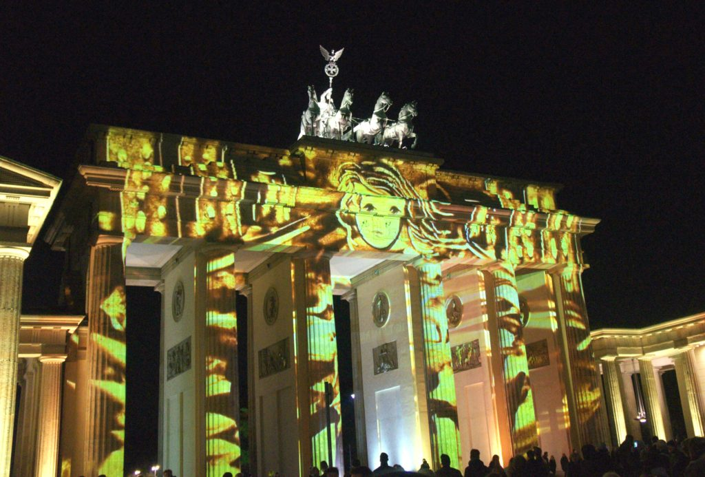 Sand designs at the Brandenburg Gate