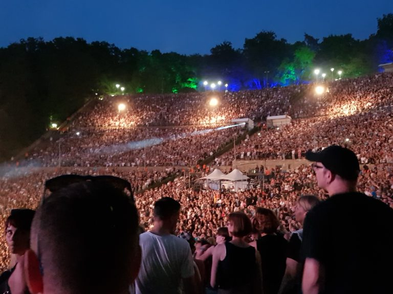 Waldbühne Berlin completely full
